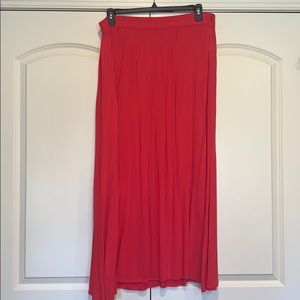 Old Navy coral maxi skirt. Size XL